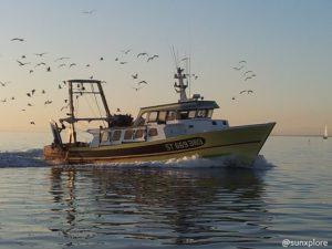 Un bateau de pêche au Gros du Rois