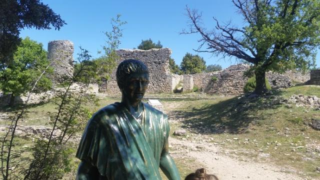 L'Opidum de l'audun-l'ardoise: le camp de César