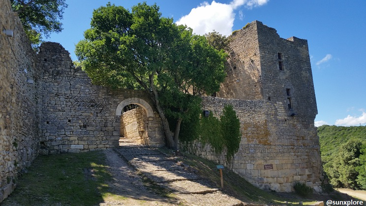 Promenade dans le gard à Chusclan