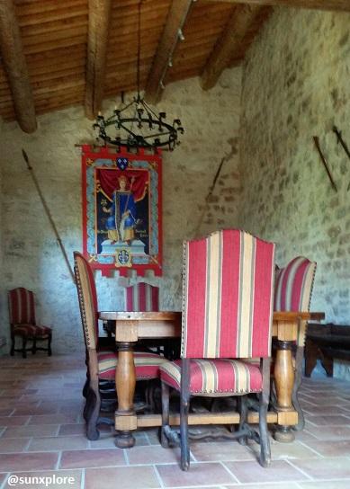 A l'intérieur du château de Gicon dans le gar
