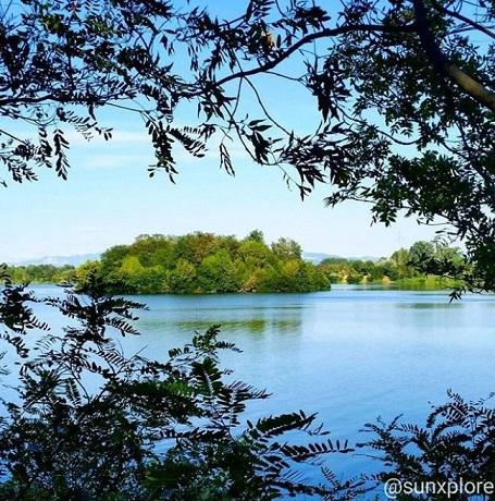 Le lac de Montélimar - Un lieu d'évasion pour une promenade en famille