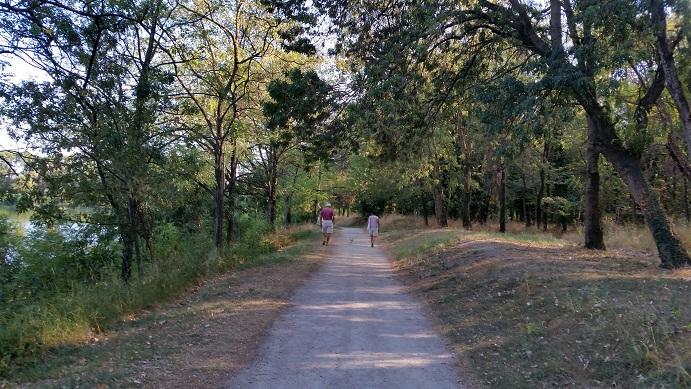 Une promenade autour du lac de Montélimar