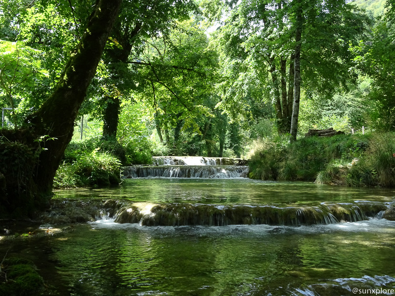 Itinéraire de randonnée pour la cascade des tufs dans le Jura