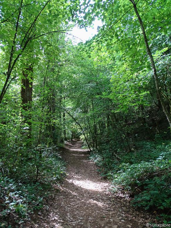 Itinéraire de randonnée pour une promenade aux cascades des tufs